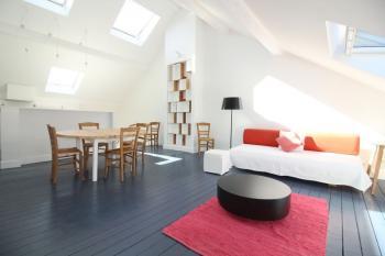 lumineux duplex 2 chambres quartier EU