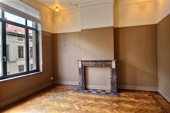 Triplex in Ixelles to rent