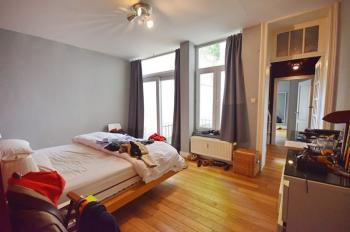A louer duplex meublé de 150M² à 200m. du Châtelain